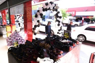 Procon orienta consumidores sobre compras na Black Friday