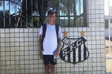 Atleta mirim de Paranavaí participa de seletiva no Santos Futebol Clube