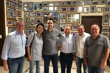Lideranças do extremo Noroeste se reúnem com o governador eleito Ratinho Junior