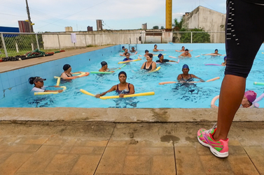 Inscrições abertas para aulas de natação e hidroginástica no Centro da Juventude