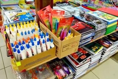 Pesquisa aponta diferença de mais de 1.500% em itens de materiais escolares