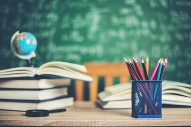 Unespar abre 71 vagas para professores temporários