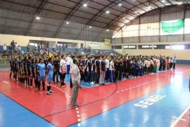 Mais de 500 atletas participam da fase municipal dos Jogos Escolares do Paraná