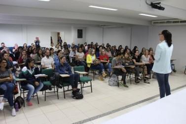 Profissionais da Educação Infantil participam de capacitação em Paranavaí