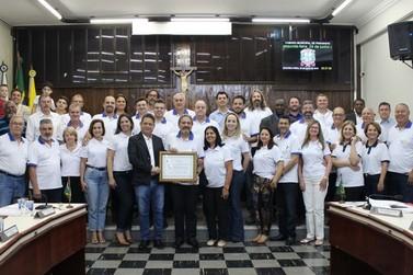 Câmara presta homenagem ao Rotary Clube Entre Rios