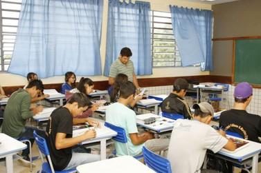 Estudantes da rede estadual realizam Prova Paraná nesta terça-feira (11)