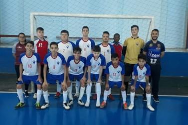 Futsal masculino de Paranavaí é campeão dos Jogos Escolares  em Nova Esperança