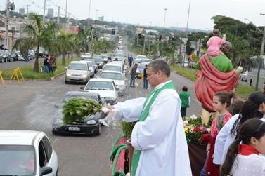 Paróquia Nossa Senhora do Carmo promove 39ª Festa dos Caminhoneiros em Paranavaí