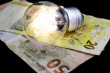 Contas de energia em agosto terão bandeira tarifária vermelha