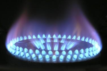 Preço do gás de cozinha pode chegar a quase R$ 85 em Paranavaí, aponta Procon