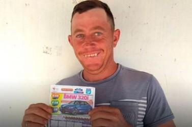 Boia-fria morador de Carbonera ganha BMW no Vale Sorte