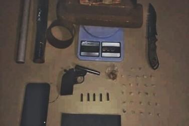 Casal é preso por tráfico de drogas no Jardim Monções