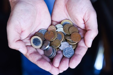 Varejistas reclamam da falta de moedas no comércio