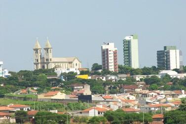Prefeitura de Astorga abre concurso com 36 vagas e salários de até R$ 10 mil