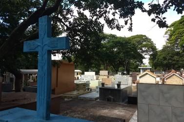 Prazo para reformas de túmulos para o Dia de Finados vai até dia 28