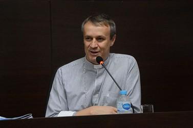 OAB e Igreja Católica de Paranavaí lançam Cartilha de Orientação Política