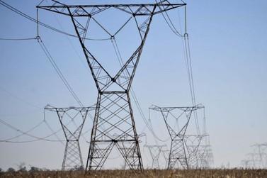 Consumidor residencial poderá pagar menos por energia no Paraná; saiba como