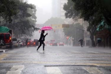 Risco de leptospirose cresce nos períodos de chuvas intensas