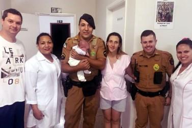 Policiais militares salvam bebê que engasgou com leite materno em Cianorte