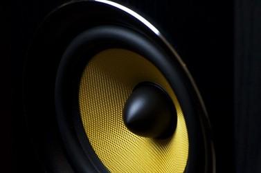 Jovem é encaminhado ao 8º BPM após perturbar vizinhos com som alto