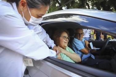 Vacina contra a gripe estará disponível em três drive thrus na segunda-feira