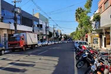 Loja fecha no Centro de Paranavaí após ter funcionários confirmados com covid-19