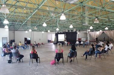 Comitê de volta às aulas se reúne pela primeira vez em Paranavaí
