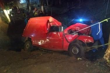 Doceiro de Diamante do Norte morre após colidir carro contra árvore