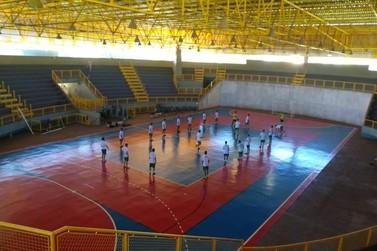 Ginásio Noroestão volta a receber treinos de atletas em Paranavaí