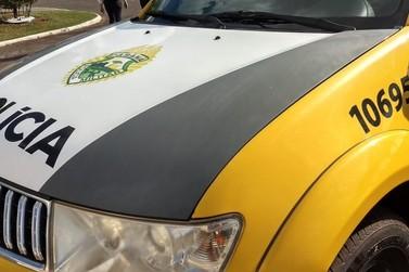 Homem é agredido e tem carro roubado após dar carona para três pessoas