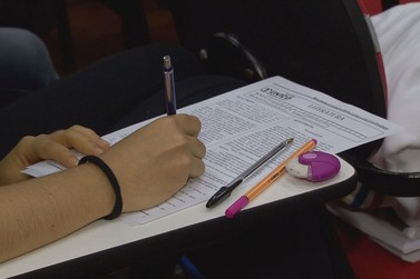 Enem 2020: Mais de 233 mil candidatos realizam provas no Paraná, neste domingo
