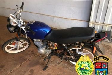 Dois adolescentes são apreendidos pela PM com moto furtada em Paranacity