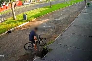 Homem é preso após furtar grade de bueiro no jardim São Jorge