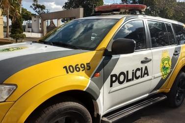 Três policiais ficam feridos em capotamento de viatura na BR-376, em Paranavaí
