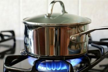Gás de cozinha pode ser encontrado por até R$ 98 em Paranavaí, mostra pesquisa