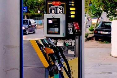 Consumidores podem pagar quase R$ 6 no litro da gasolina em Paranavaí