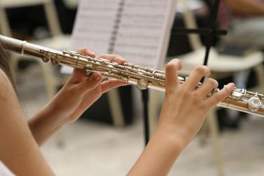 Orquestra de Paranavaí se apresenta ao vivo em live neste domingo (25)