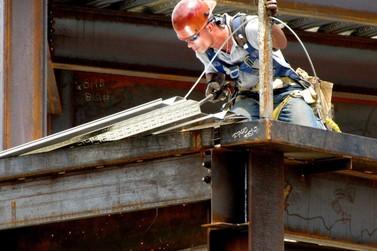 Agência do Trabalhador de Paranavaí tem quase 80 vagas de emprego abertas