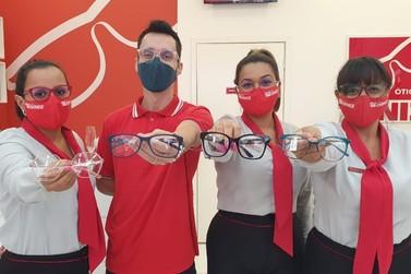 Ganhe o 2º par de lentes na compra do óculos de grau completo na Óticas Diniz