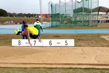 Atletas de Paranavaí quebram recordes em torneio paranaense de atletismo