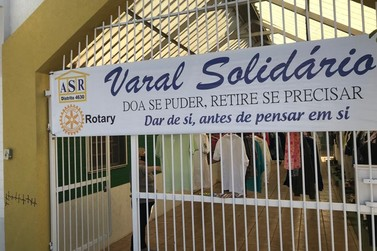 Doe se puder, retire se precisar: Rotary Club Paranavaí promove varal solidário