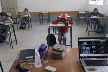 Escolas estaduais entram em recesso nesta segunda-feira (12)