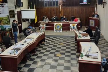 Vereadores arquivam emenda sobre a lei de reforma da previdência em Paranavaí
