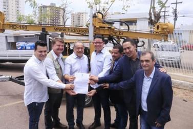 Governo entrega equipamentos para fomento do setor produtivo
