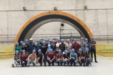 Estudantes de Engenharia da Unesc visitam Usina Hidrelétrica de Santo Antônio