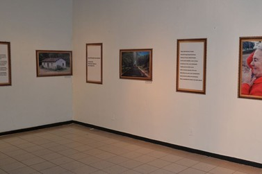 Fotografias e poemas em exposição na Casa de Cultura Ivan Marrocos