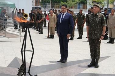 Patriotismo e integração foram destaques na cerimônia alusiva ao Dia da Bandeira