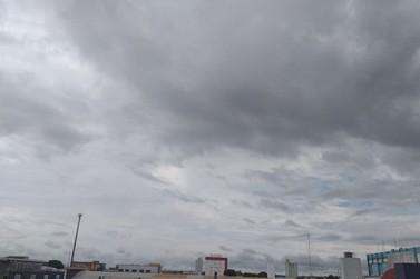 Quinta-feira com pancadas de chuvas e trovoadas em todo o estado