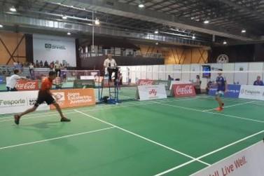 Rondonienses estreiam com vitórias no badminton e no atletismo em Blumenal (SC)