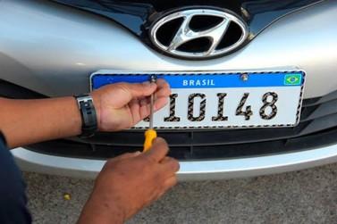 Veículos receberão placa padrão Mercosul a partir de dezembro em Rondônia